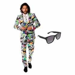 Heren carnavalsoutfit televisie kleding maat 50 (l) gratis zonnebr