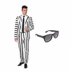 Zwart/wit gestreept carnavalsoutfit maat 48 (m) gratis zonnebril